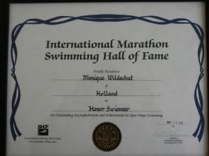 Een selecte groep zwemmers uit de Marathon Swimming Hall of Fame worden nu geplaatst n de ISHOF
